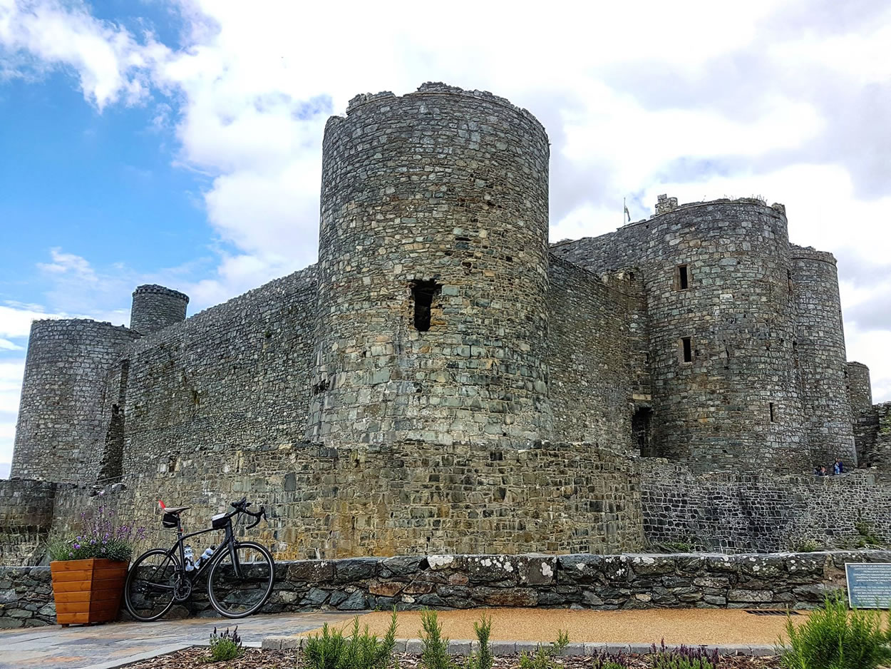 harlech castle road bike