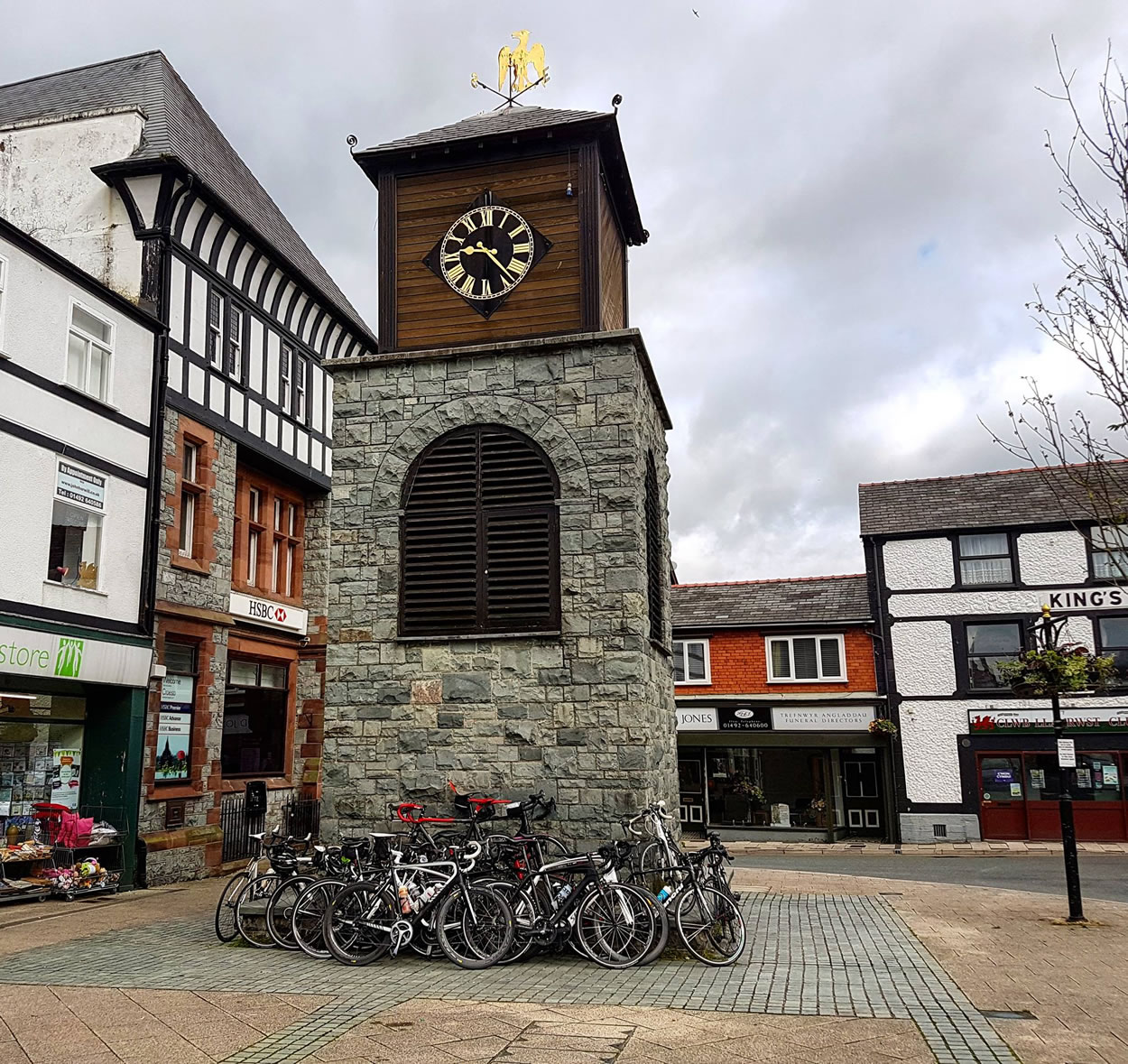 north wales village clock