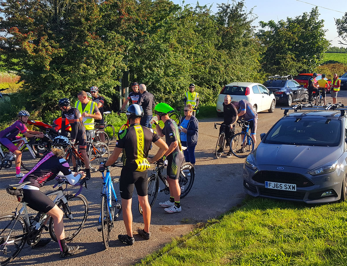 hatton-10-time-trial-10 summer lane layby meeting