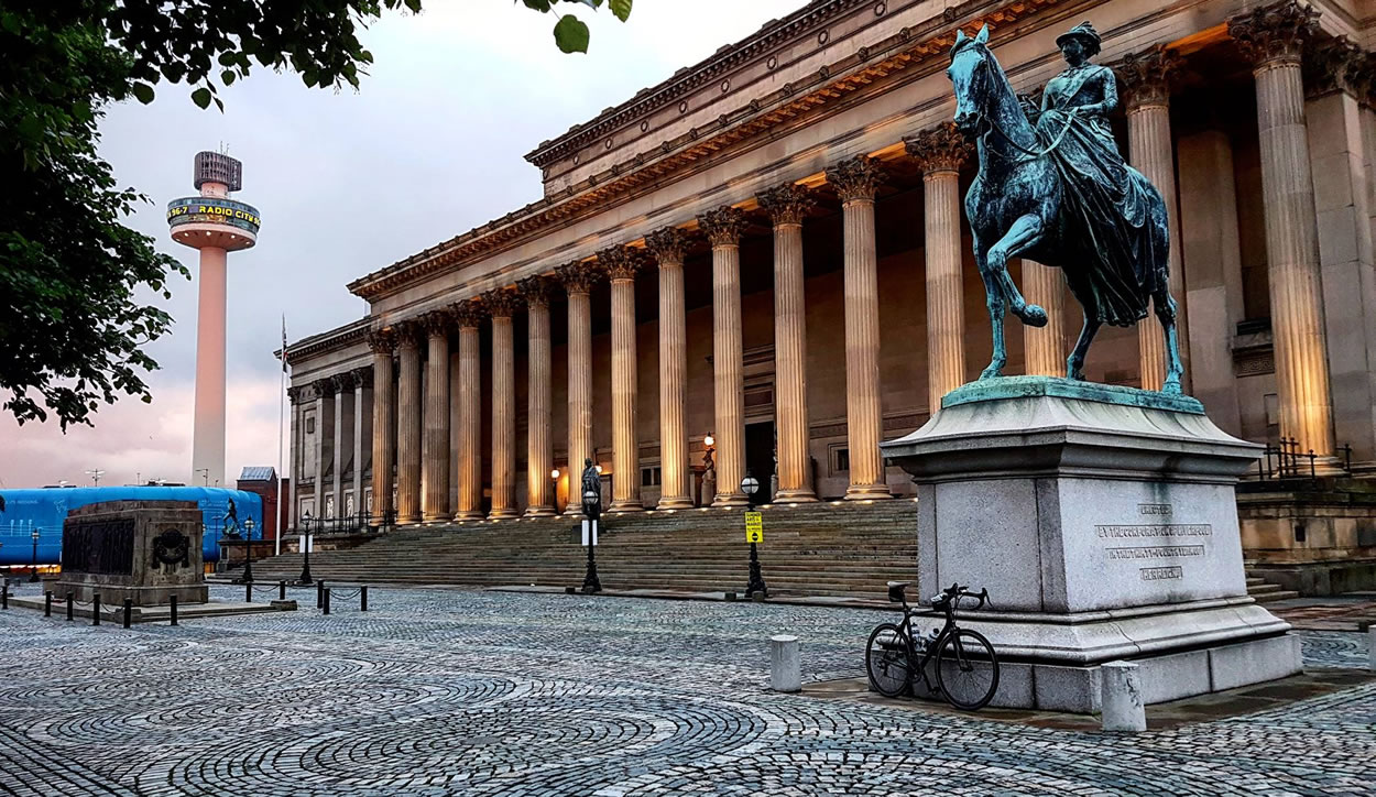 st georges hall liverpool dawn