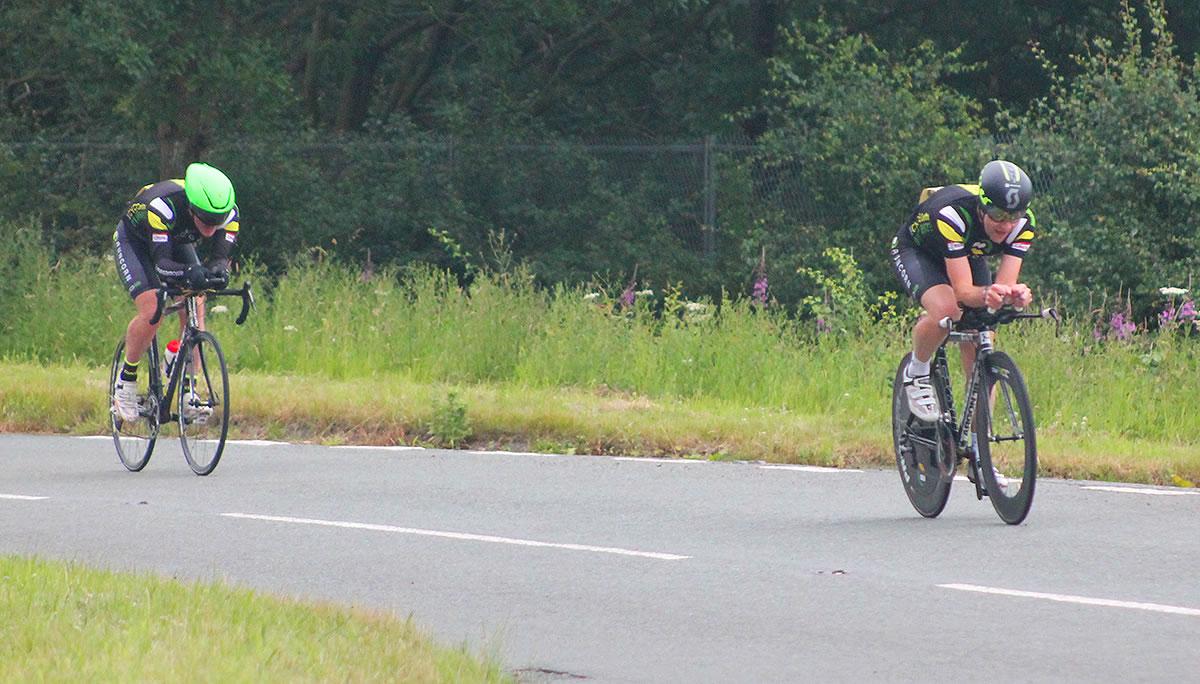 rob green michael leadbetter runcorn cycle club