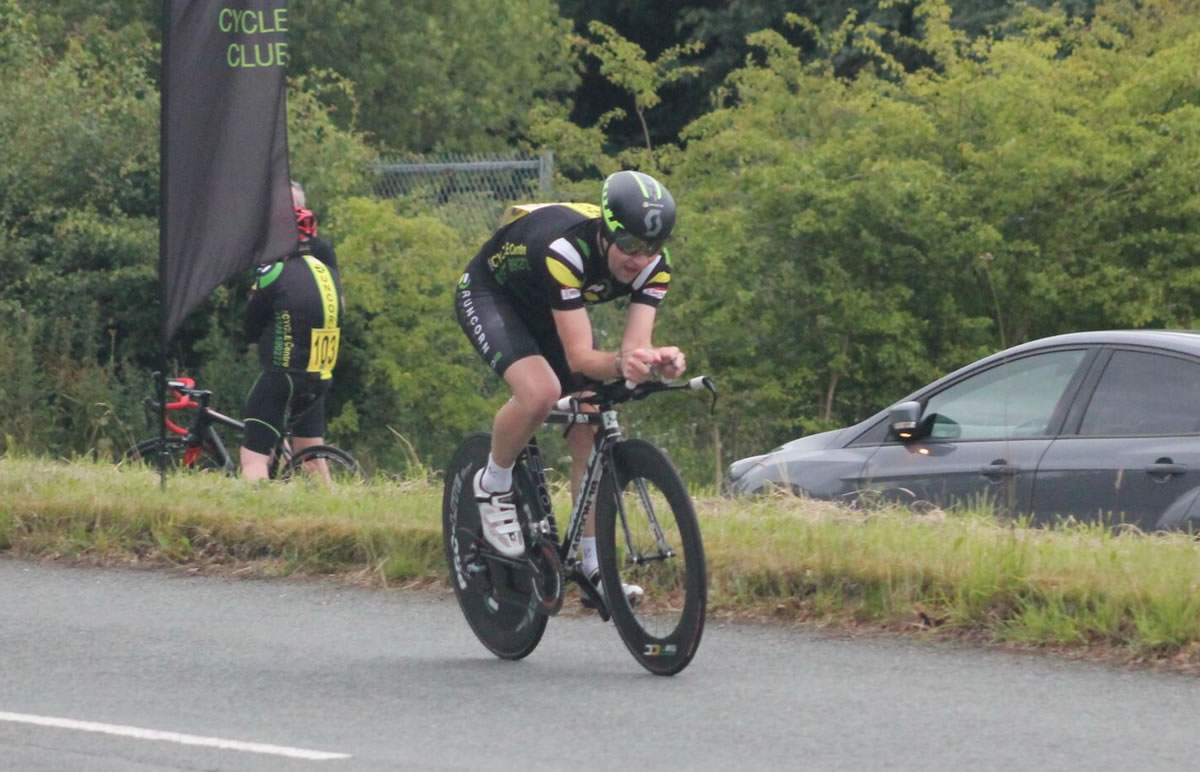 rob green time trial rider runcorn