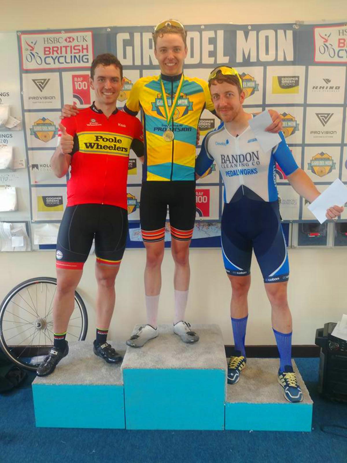 frodsham wheelers win giro del mon