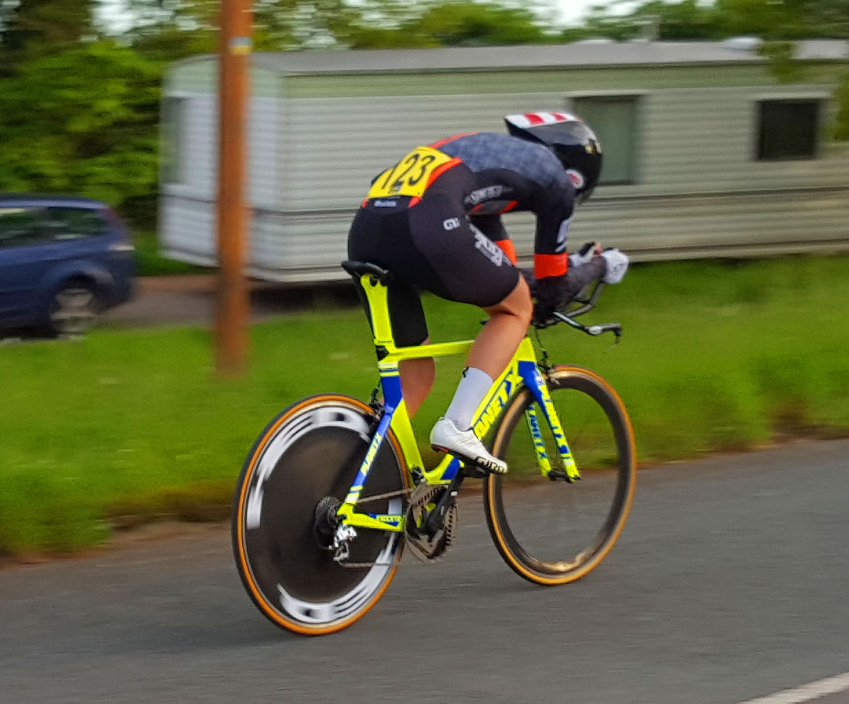 tom brazier synergy cycles record breaker
