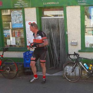 llandrillo-ice-cream-stop-d2d-min